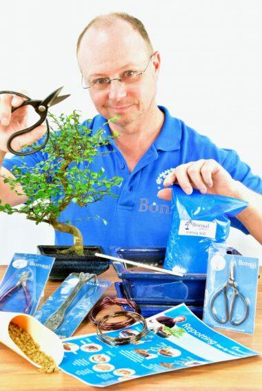 Standard Twisty Bonsai Kit - Pruning, Wiring & Potting